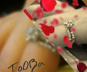 hand, ring, and tooba image