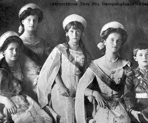Romanov and anastasia image