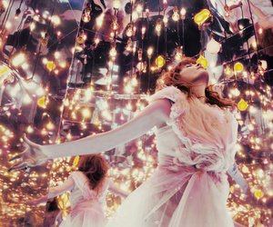 florence and the machine, light, and florence image
