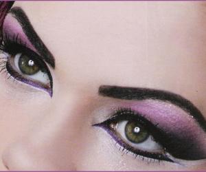 makeup, eyemakeup, and eyemakeuptutorial image