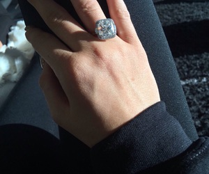 diamond, ring, and kylie jenner image