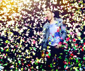 coldplay and Chris Martin image