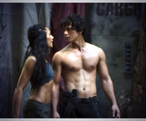 bob morley, the 100, and bellamy blake image