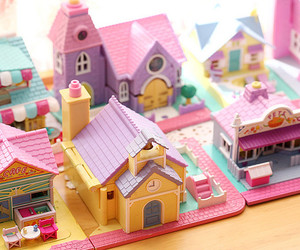 house and polly pocket image