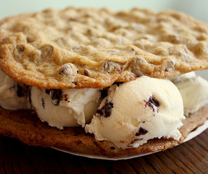 food, ice cream, and Cookies image