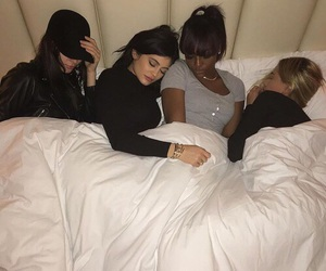 kylie jenner, kendall jenner, and friends image