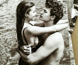 couple, ansel elgort, and divergent image