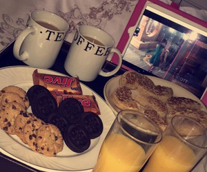 breakfast, 😍, and geordie shore image