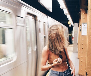 fashion, girl, and subway image