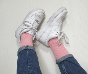 nike, aesthetic, and pink image