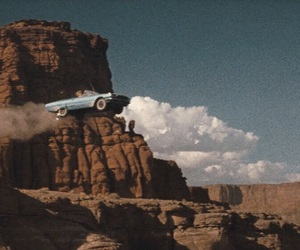 car and thelma and louise image