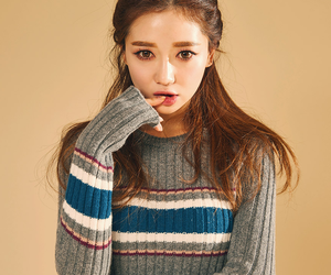 model, ulzzang, and sung kyung image
