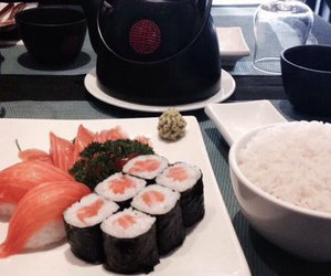 delicious, japan, and sushis image