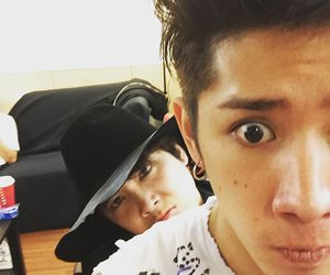 ftisland, one ok rock, and taka image