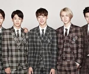 uniq, kpop, and sungjoo image