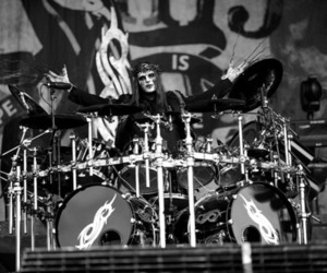 black & white, drummer, and slipknot image