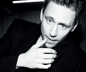 tom hiddleston and Hot image