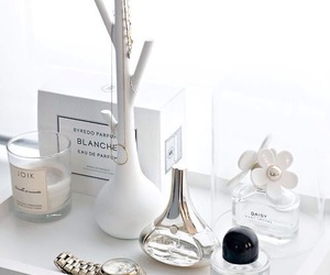 white, perfume, and daisy image