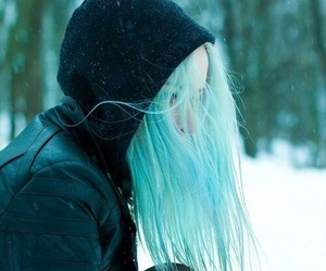 hair, girl, and winter image