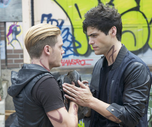 shadowhunters, alec lightwood, and parabatai image