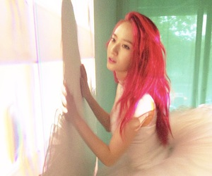 idol, red hair, and sm entertainment image