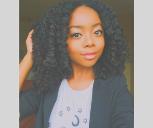 curls, 😍, and curly hair image