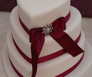 cake, wedding, and red image