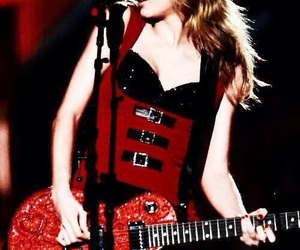 guitar and Taylor Swift image