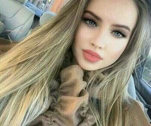 blonde hair looks nice image