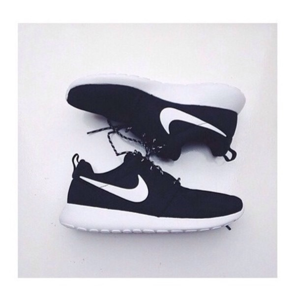 59a001e79364 real tumblr white black girl girly nike roshe cute shoes 25ff7 85f64   clearance image about tumblr in my posts by suqig on we heart it 0afba f552c