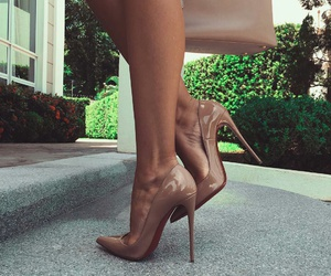 classic, fashion, and highheels image
