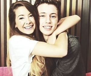 troye sivan and zoella image