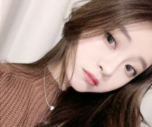 ulzzang, icon, and site model image