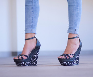 platforms, black wedges, and geometric print image