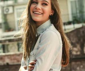 smile, carolina domenech, and caro domenech image