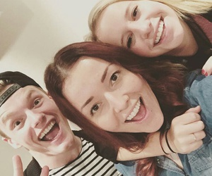 dee, beautygloss, and enzoknol image
