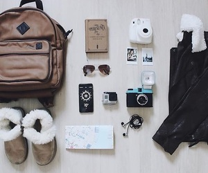 travel, travel essentials, and tmh0me image