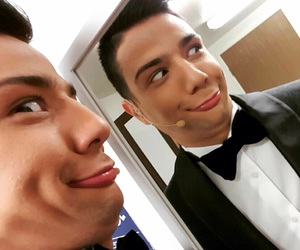 duck, OMG, and luis coronel image