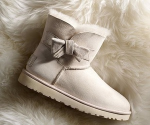 uggs and shoes image