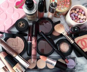 make up and love image