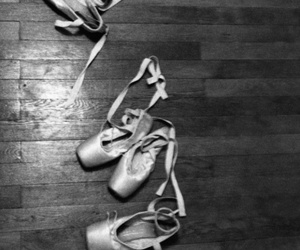 balck&white, ballet, and ballet shoes image