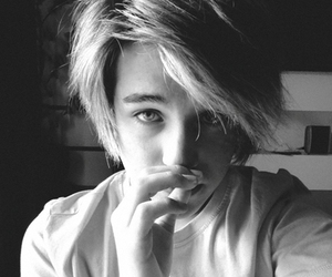 boy, black and white, and @rocknrollg image
