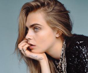 cara delevingne and model image