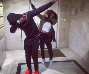 couple and dab image