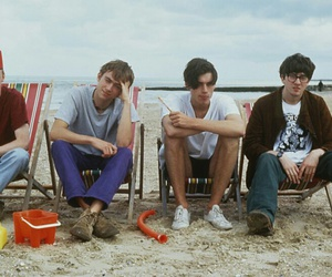 beach, blur, and rock band image