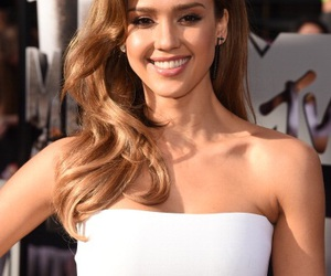 jessica alba and fashion image