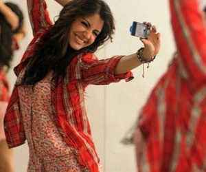bollywood, india, and selfie image