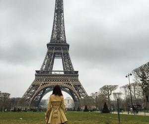 coat, moda, and paris image