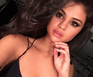flawless, Queen, and selena gomez image