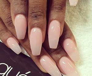 nude nails image